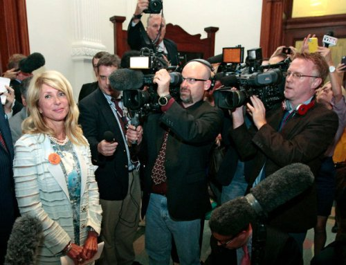 Sen. Wendy Davis faces the cameras.
