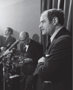 New York Times publisher Arthur Ochs Sulzberger defending publication of the Pentagon Papers, June 16, 1971, in New York.  Barton Silverman/ New York Times