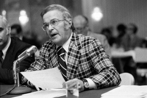 former NCAA exec director Walter Byers